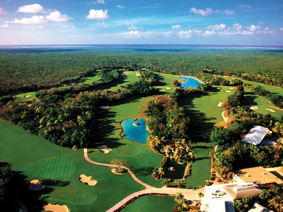 View of the golf course at Grand Lucayan
