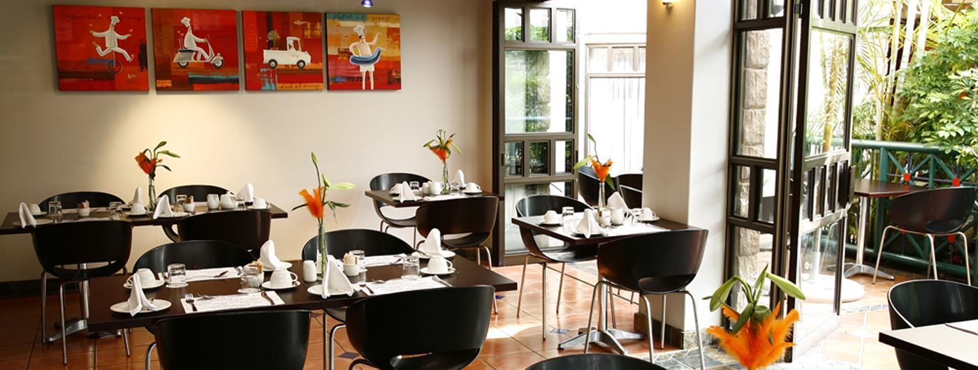 Court Classique's Orange Restaurant