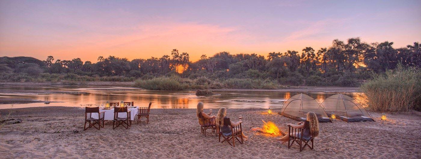 Kichaka Safari Camp drinks by the campfire
