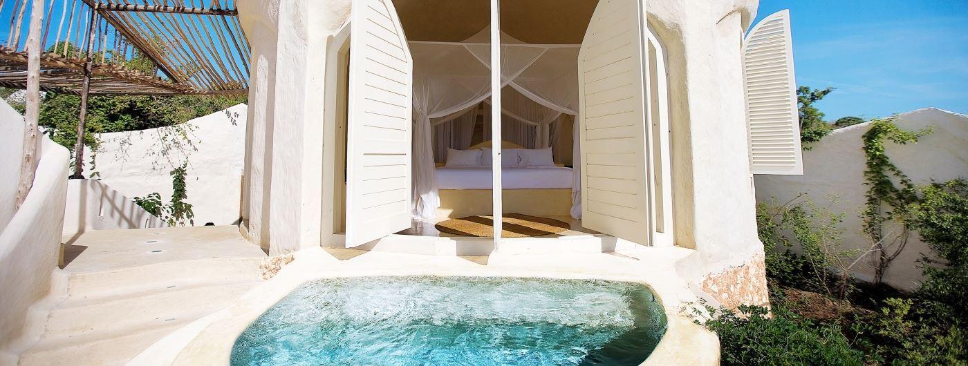Kilindi pavillion with plunge pool