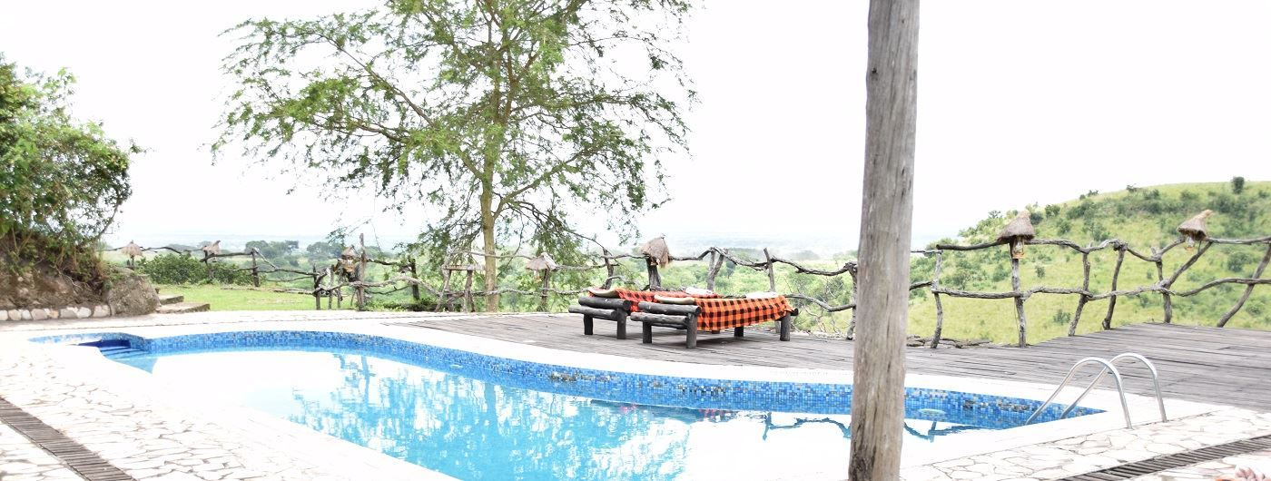 Kyambura Game Lodge swimming pool