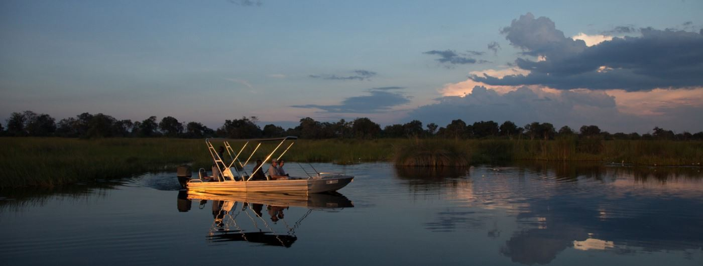 Little Vumbura Camp canoe safari