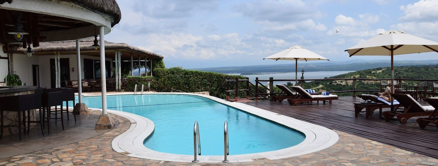 Mweya Safari Lodge swimming pool
