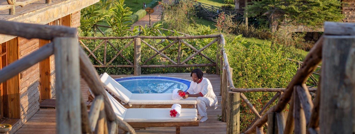 Neptune Ngorongoro Luxury Lodge private plunge pool