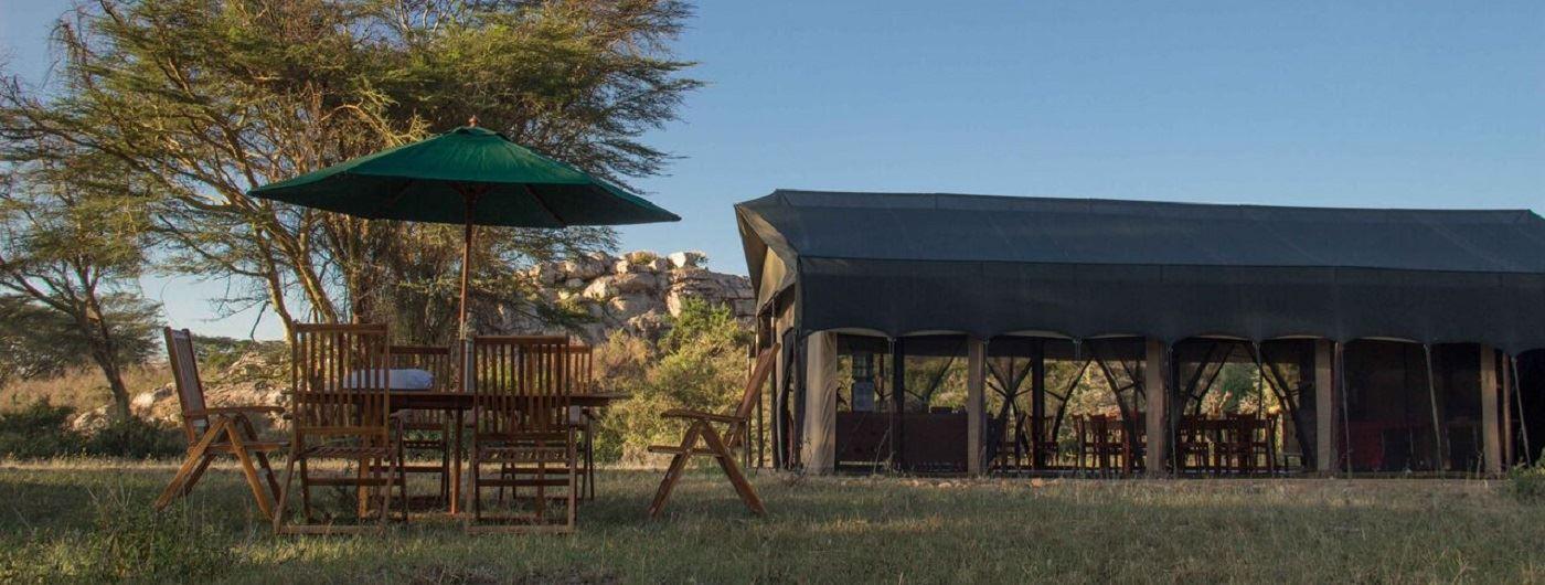 Porini Cheetah Camp al fresco dining