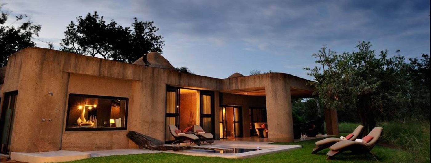 Sabi Sabi Earth Lodge suite exterior