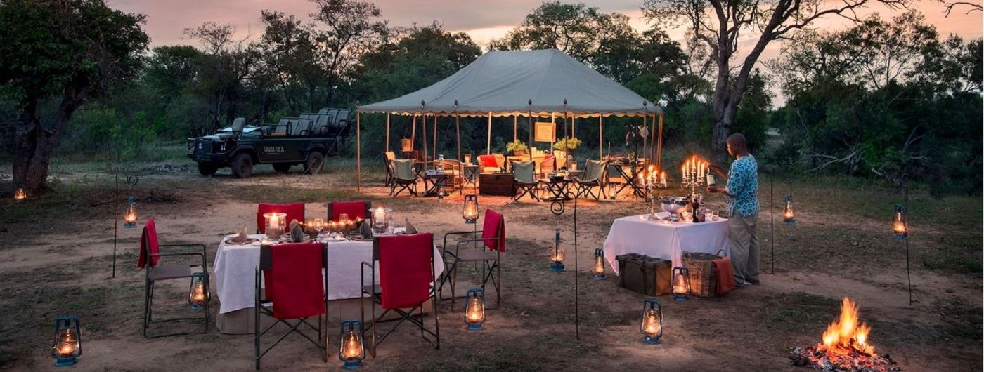 Tanda Tula Safari Camp al fresco dining