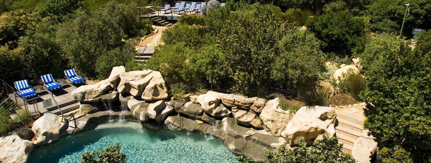 Twelve Apostles Hotel pool area