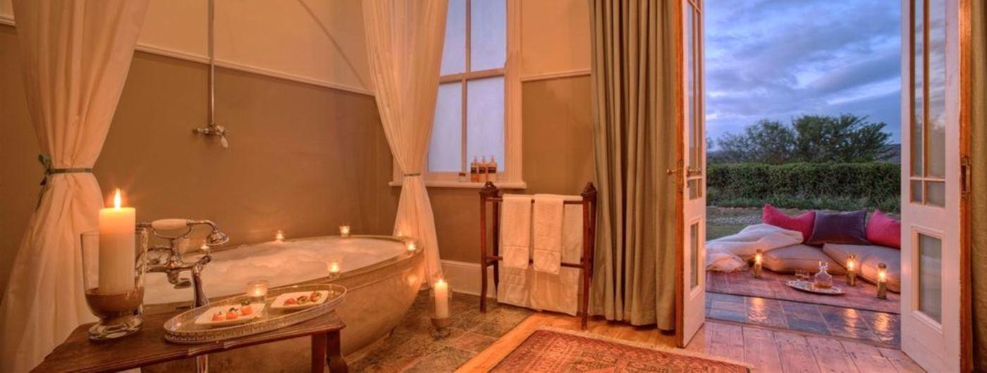 Uplands Homestead suite bathroom