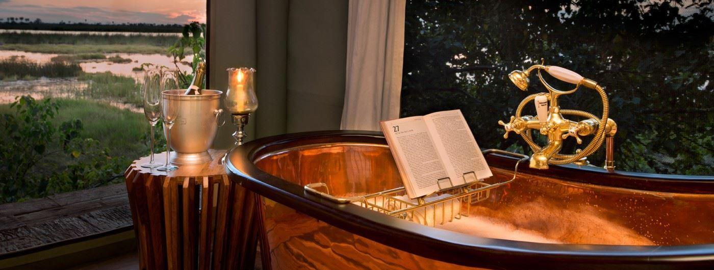 Zarafa Dhow Suites copper bath with a view