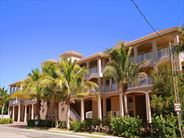 Exterior view of White Cap Boutique Condos - USA Beach Holidays