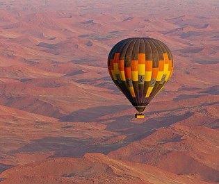 Kuala Desert Lodge balloon safari