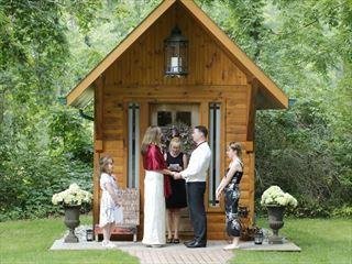 The secret Little Log Cabin wedding