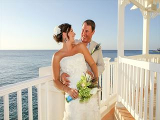 Bride & Groom at the Cozumel Palace wedding gazebo