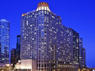 Exterior view of Sheraton Chicago