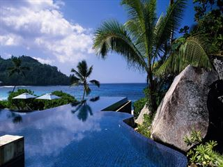 - Ultimate Luxury Mahe, Silhouette and Praslin