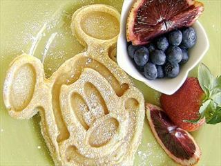 mickey disney character breakfast