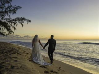 Bride & Groom at Waves Hotel & Spa