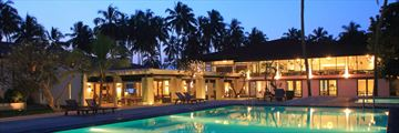 AVANI Kalutara, Hotel and Pool at Night