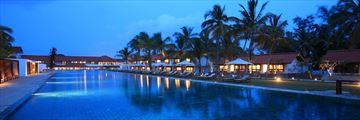 Jetwing Lagoon, Negombo, Pool by Night