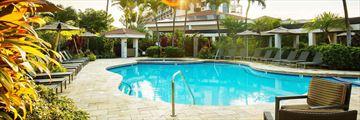 Maui Coast Hotel, Pool