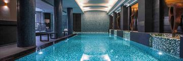 Quay West Suites Melbourne, Indoor Pool