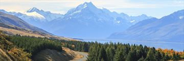 Road leading up to Mount Cook, New Zealand