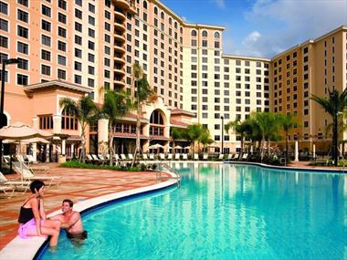 One of the four swimming pools, Rosen Shingle Creek