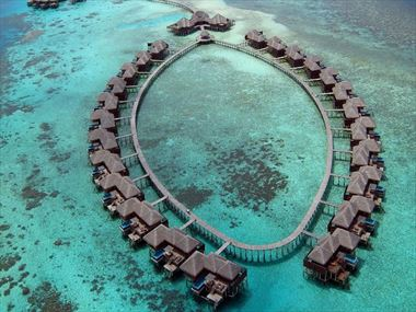 Aerial view of Coco Bodu Hithi