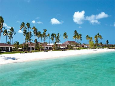 Top 10 beachfront rooms, villas & bungalows