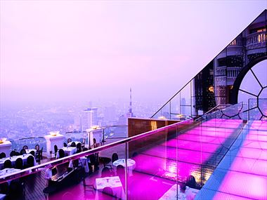 Breeze restaurant at Tower Club at lebua