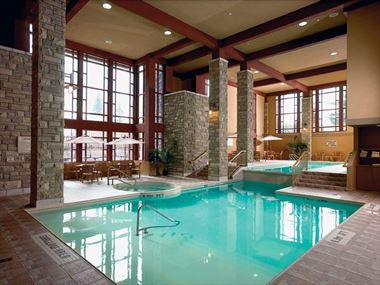The pool at Doubletree Fallsview Resort & Spa by Hilton