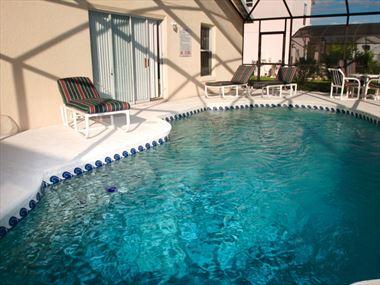 Villas & Homes with Pools