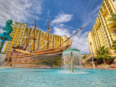 Lake Buena Vista Resort, Pirate Pool