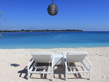 Beach View at MAHAMAYA Boutique Resort, Gili Meno