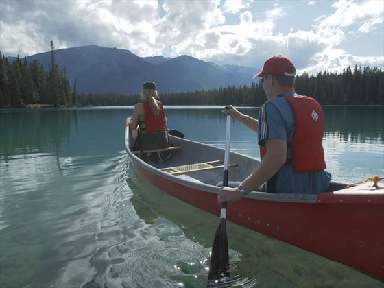 Canoeing in Lac Beauvert, Jasper National Park