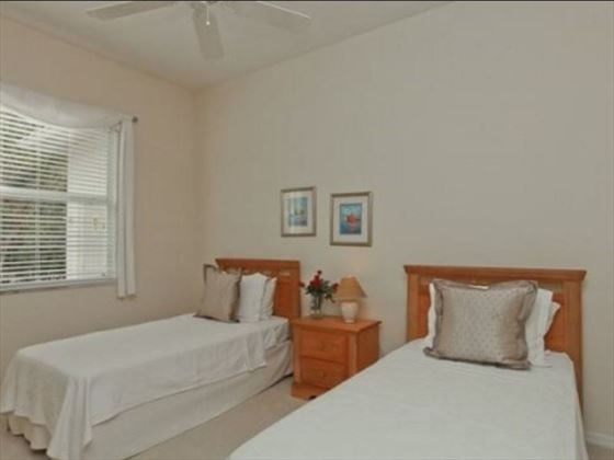 Example of an Englewood Area Home - Twin Bedroom