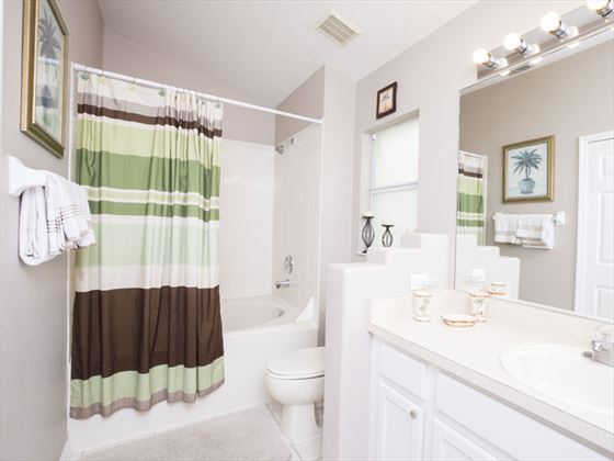 Example of a Glenbrook Home Bathroom