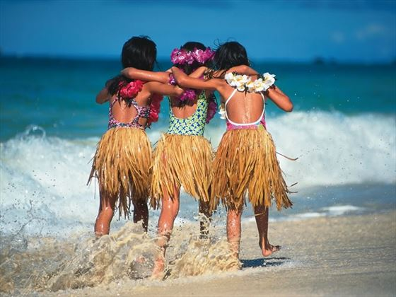Hula girls on the beach, Hawaii
