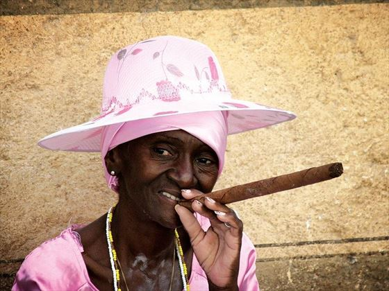Cuba - lady with cigar