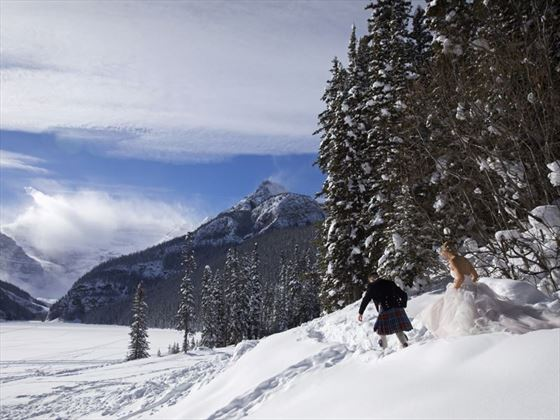 A winter stroll through Lake Louise