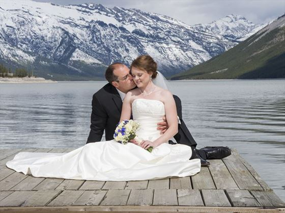 A romantic moment captured at Lake Minnewanka