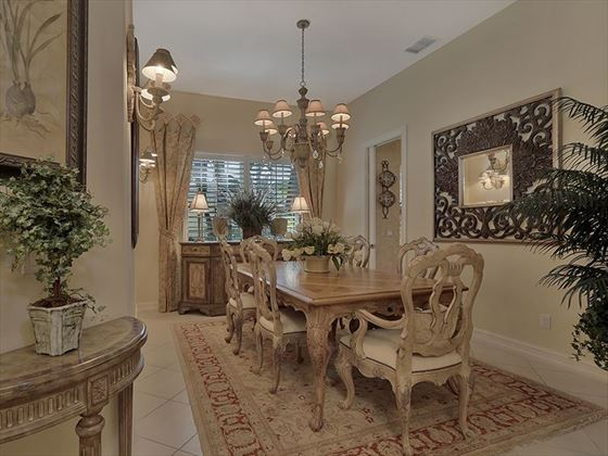 Example of a Marco Island Area Home - Dining Area