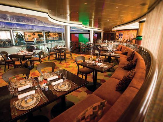 NCL Norwegian Pearl, Mambos Tapas bar
