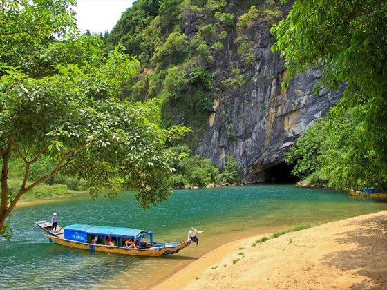 Image result for son river house phong nha
