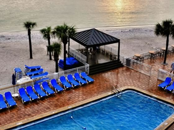 Quality Beach Resort, Clearwater - pool and beach