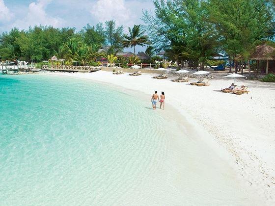 The beach ar Sandals Royal Bahamian Spa Resort
