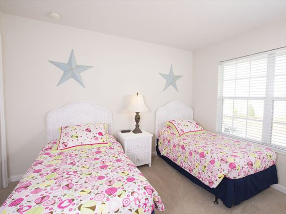 Example of a Windsor Hills Resort Home - Twin Bedroom