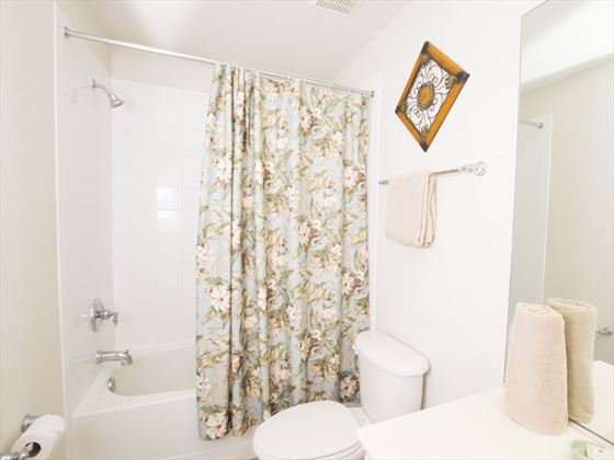 Example of a Windsor Hills Resort Home - Bathroom