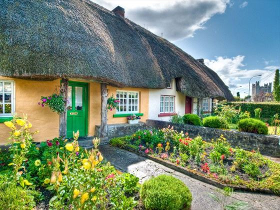 Adare - Thatched cottage